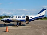 Piper_PA-31-350_Navajo_Chieftain,_Honduras_-_Air_Force_JP7244429
