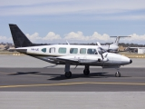 Wagga_Air_Centre_(VH-IJE)_Piper_PA-31-350_Navajo_Chieftain_taxiing_at_Wagga_Wagga_Airport